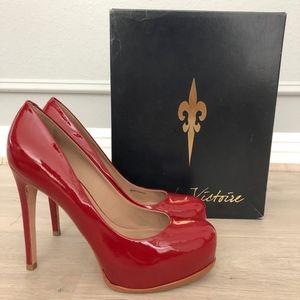Pour La Victoire Irina Pumps in Red Patent Sz8.5